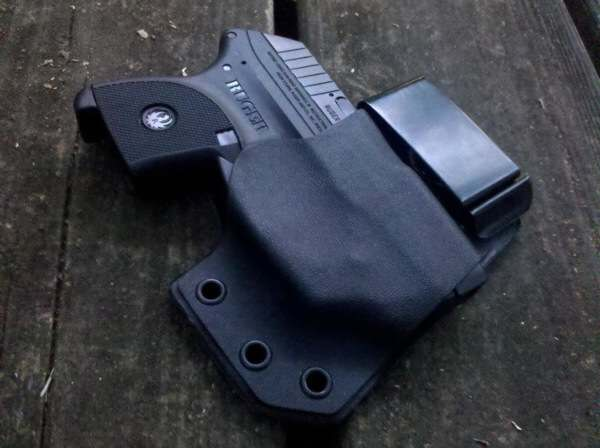 Holster-ReviewsZERO-Engineering-Kydex-Holster.jpg